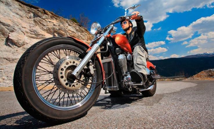 10 razones para asegurar tu moto a todo riesgo