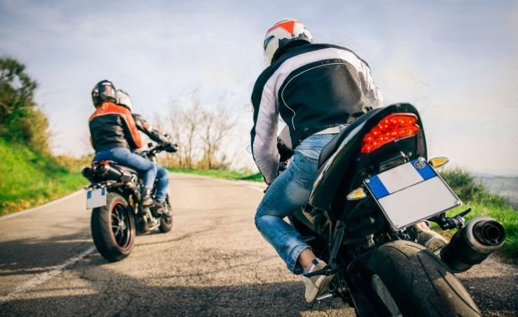 Claves para ahorrar en el seguro de la moto