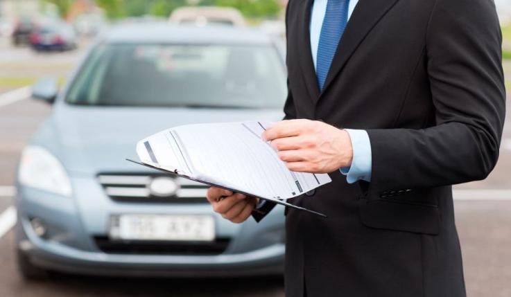 Escoger un seguro de coche online con garantías